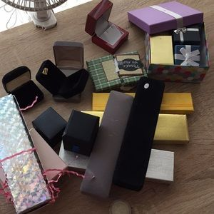 Accessories - 20pcs jewelry boxes